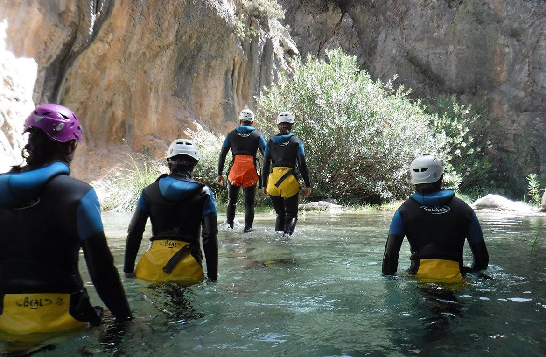 Consejos para practicar barranquismo Granada río Verde